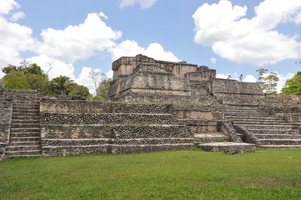 caracol maya ruins belize