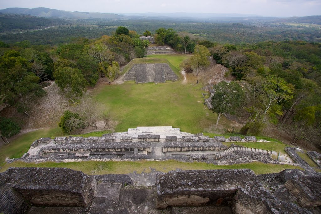 xunantunich belize mayan ruins