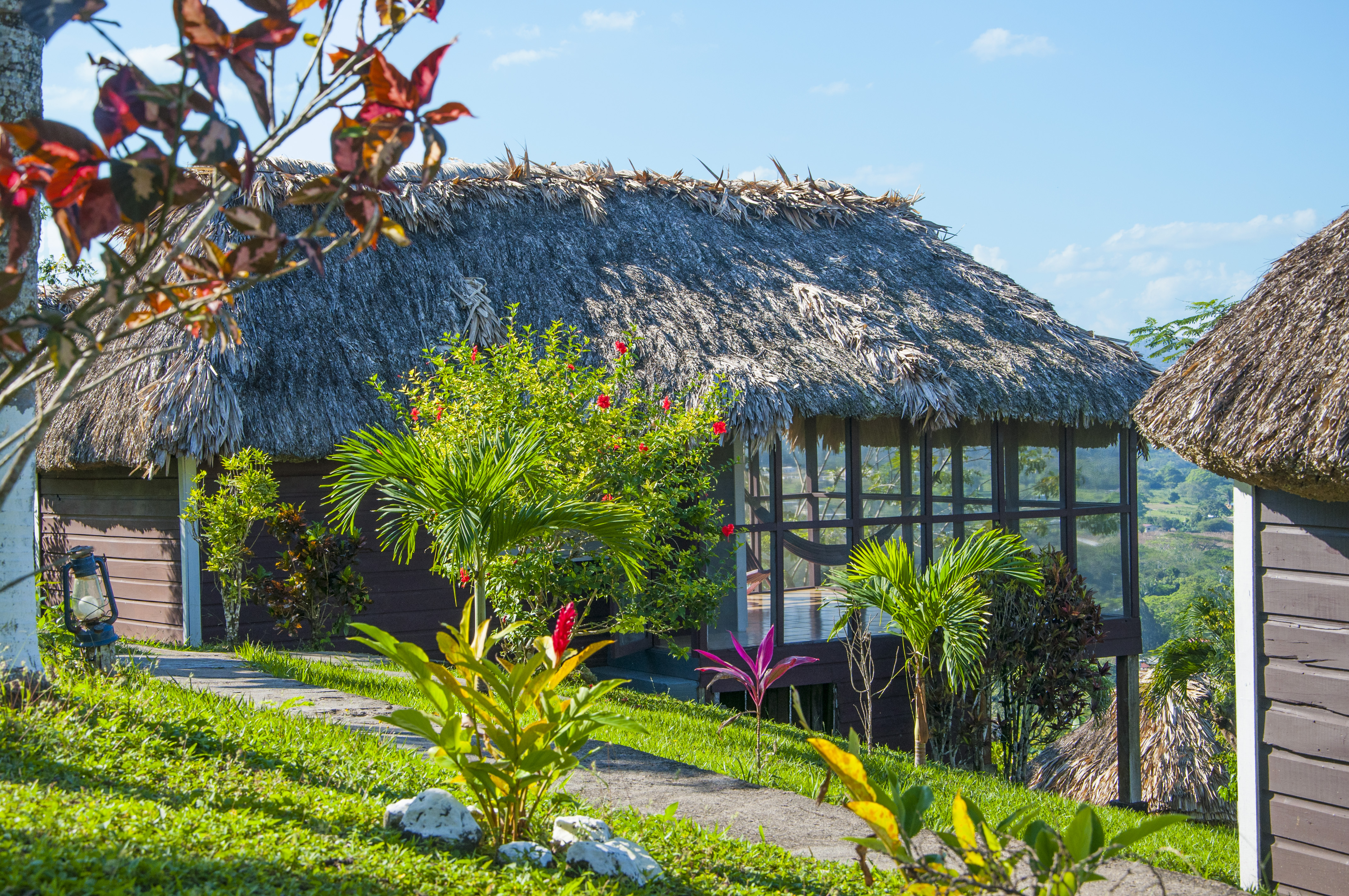 cool places to stay in Belize