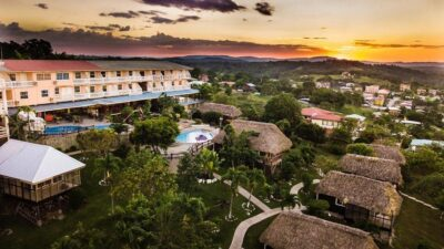 Where should I stay in Belize for Maya ruins