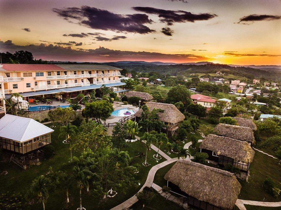 best place to stay in belize