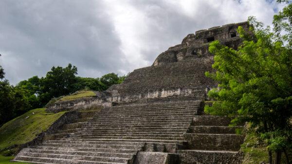 xunantunich-mayan-ruins