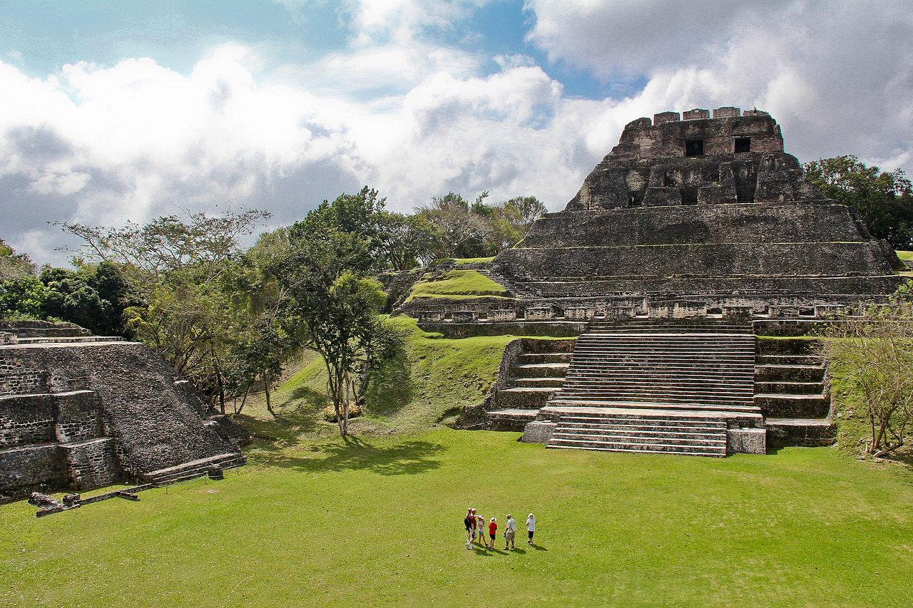 xunantunich-mayan-ruins-belize-1
